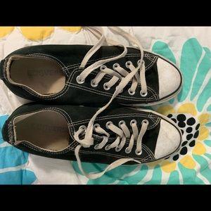 Shoes - Converse sneakers sz 8 women 6 men